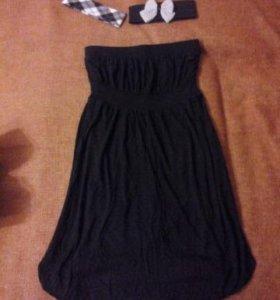 Два разных платья, новых.