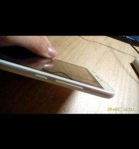 Телефон Prestigio Muze C3