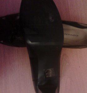 Женские туфли Covani