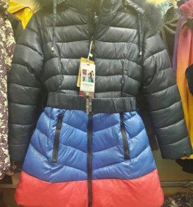 Зимнее пальто на девочку. Рост 134