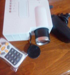 Домашний Проектор UC 40
