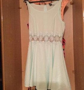 Нежно платье цвета мяты