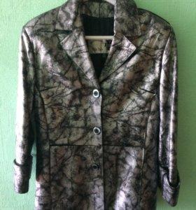 Кожаный пиджак (куртка). Размер 46-48