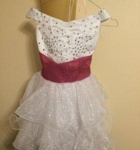 Нарядное платье р 134