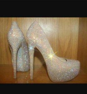 Волшебные свадебные туфли СРОЧНО