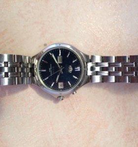 Мужские наручные часы с автоподзаводом Orient.
