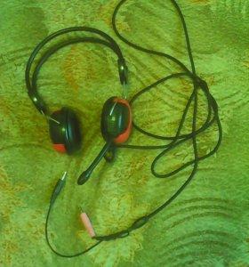 Наушники с микрофоном ( звук хороший)