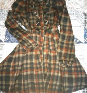 Клечатое платье с пышной юбкой