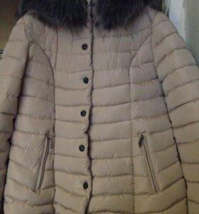 Очень тёплая зимняя куртка)