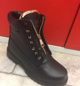 Женские ботинки зимние новые