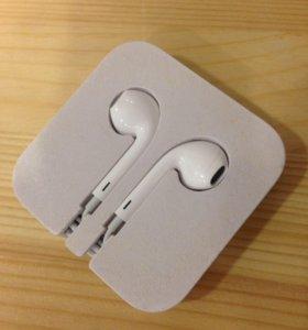 Наушники Apple EarPods для iPod и iPhone фирменные