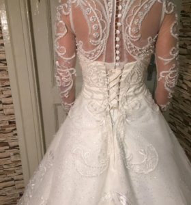Дизайнерское свадебное платье!