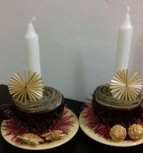 Набор свечей с подсвечниками