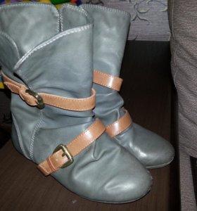 Сапожки Zara