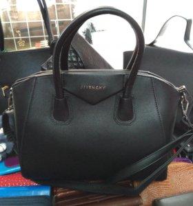Сумочка Givenchy