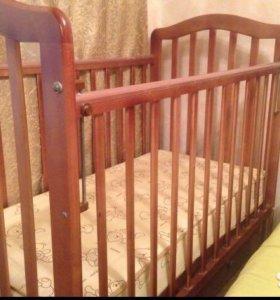 Детская кровать с матросом и бортиками, срочно!