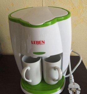 Кофеварка электрическая капельного типа(новая)