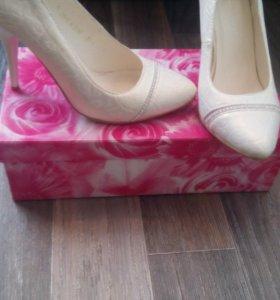 Срочно!!! Новые туфли