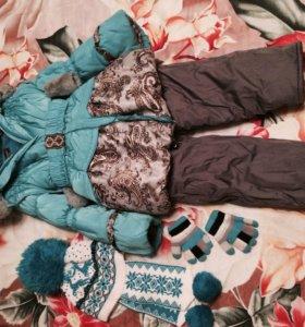 Детская комбинезон с шапкой и перчатками