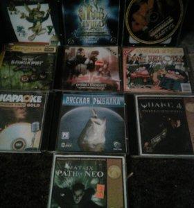 Диски фильмы игры компьютерные игры и многое друго