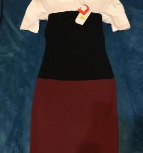 Платье 40/42 новое