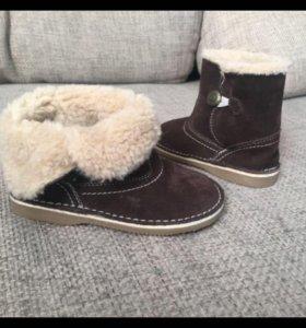 Осенние-весенние ботинки-угги