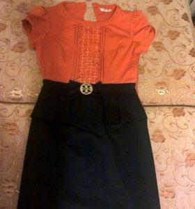 Женской платье р-р 44-46