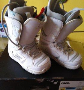 Сноубордические ботинки Burton Coco