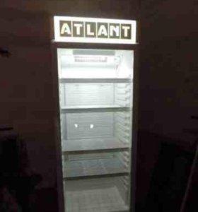 Холодильник Атлант витринный