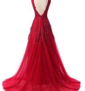 Шикарное вечернее красное платье в пол