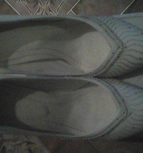 Продам туфли и балетки!