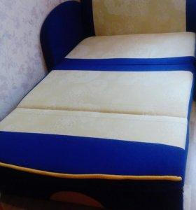 Продаётся детский диван.