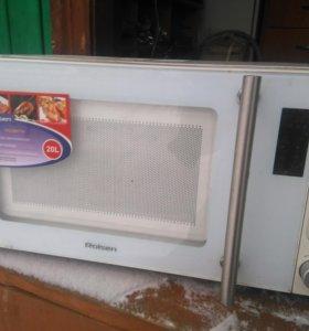 Микроволновая печь Rolsen 20литров