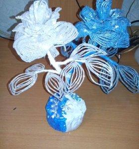 Цветы из бисера Инь- Ян