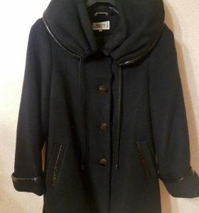 Пальто женское свободного кроя