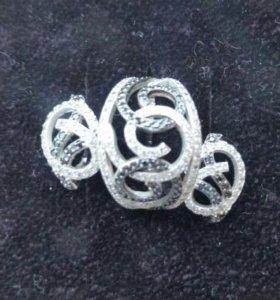 Комплект кольцо и серьги с чёрными фианитами.