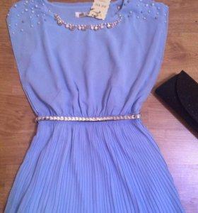 Платье для праздников нарядное новое