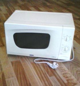ZANUSSI - ZM21M  микроволновая печь (не греет !).