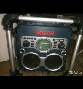 Зарядное устройство с радио bosch GML 24 V