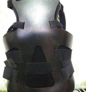 Корсет ортопедический пластиковый грудо-поясничный