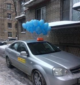 Воздушные шары с гелием.