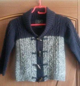 Пуловер детский вязаный.