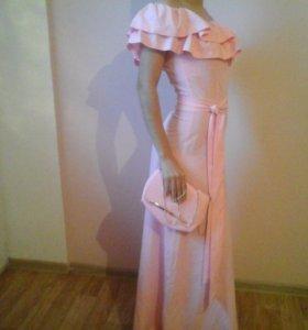 Платье в пол с сумочкой