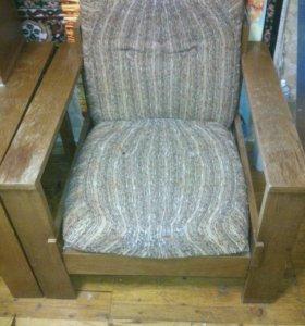Кресла и стол