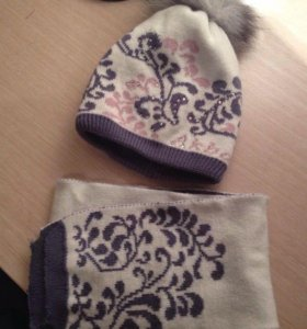 Комплект шарфа и шапки