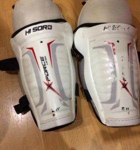 Хоккейная форма, защита голени