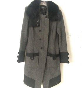 Осеннее пальто с натуральным мехом