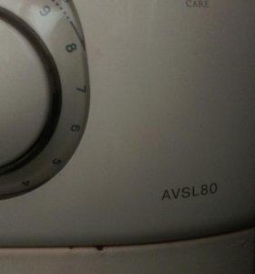 Стиральная машина Аристон AVSV 80.