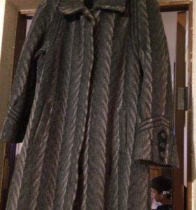 Пальто 50размер