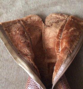 Новые кожаные зимние сапоги